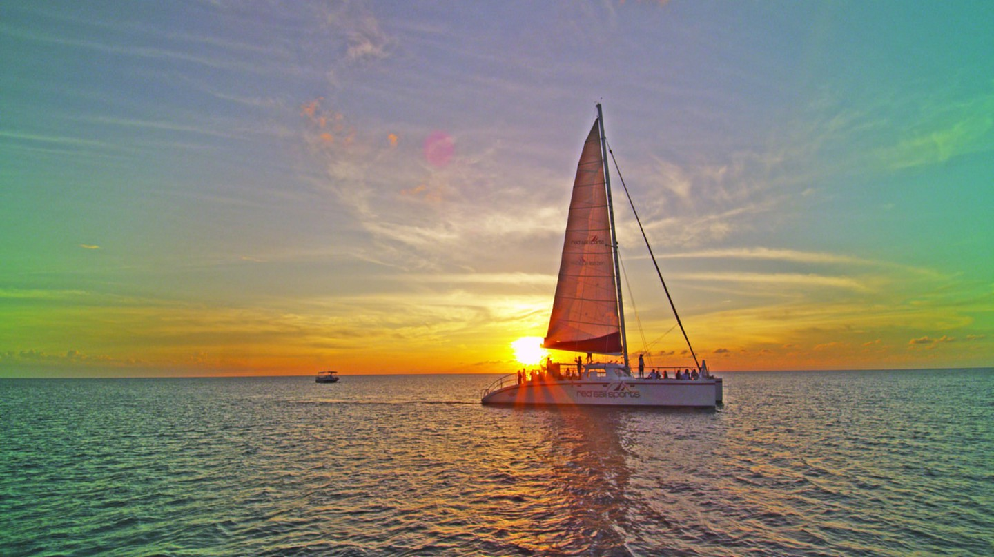 Red Sail Sports Sunset Sail in Grand Cayman