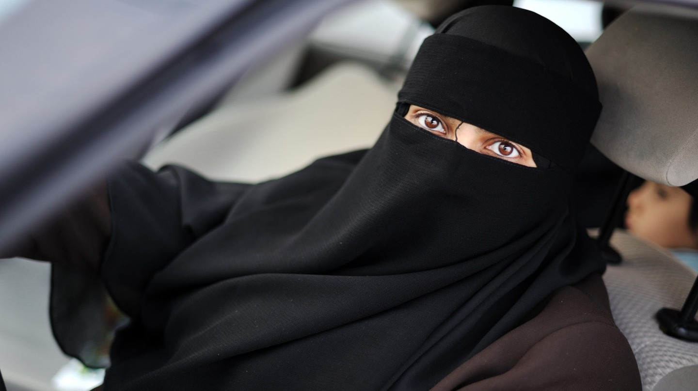 Saudi woman behind the wheel