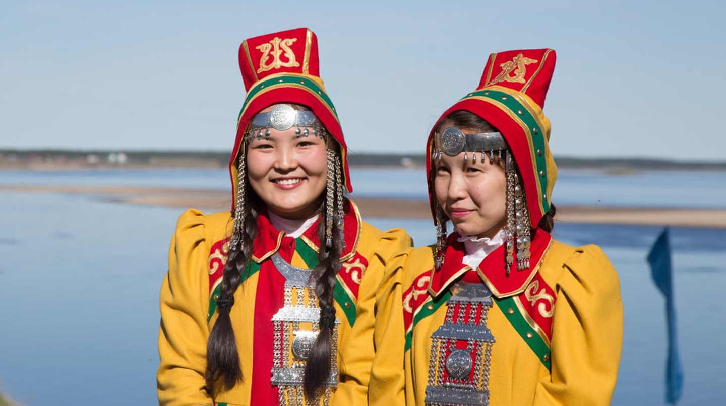 Women dressed in traditional Yakut clothing