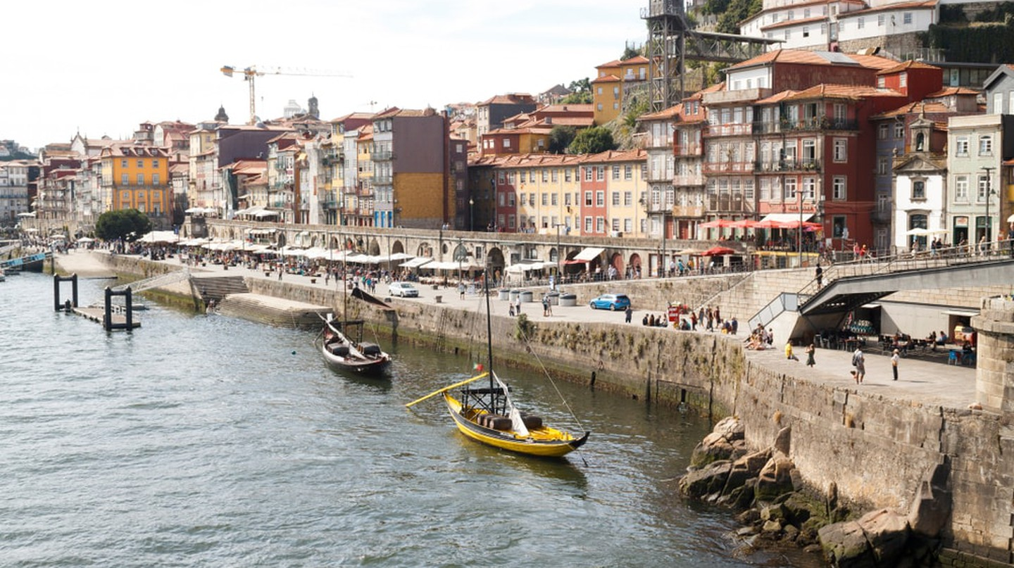 The city of Porto next to Douro river
