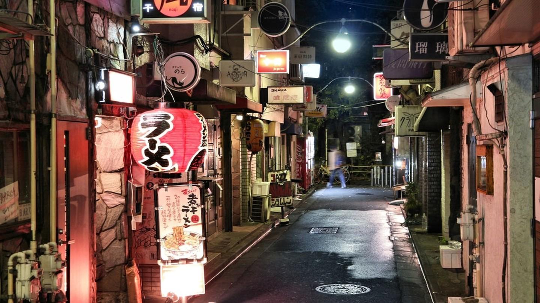 Narrow streets of Golden Gai restaurant area in Tokyo, Japan