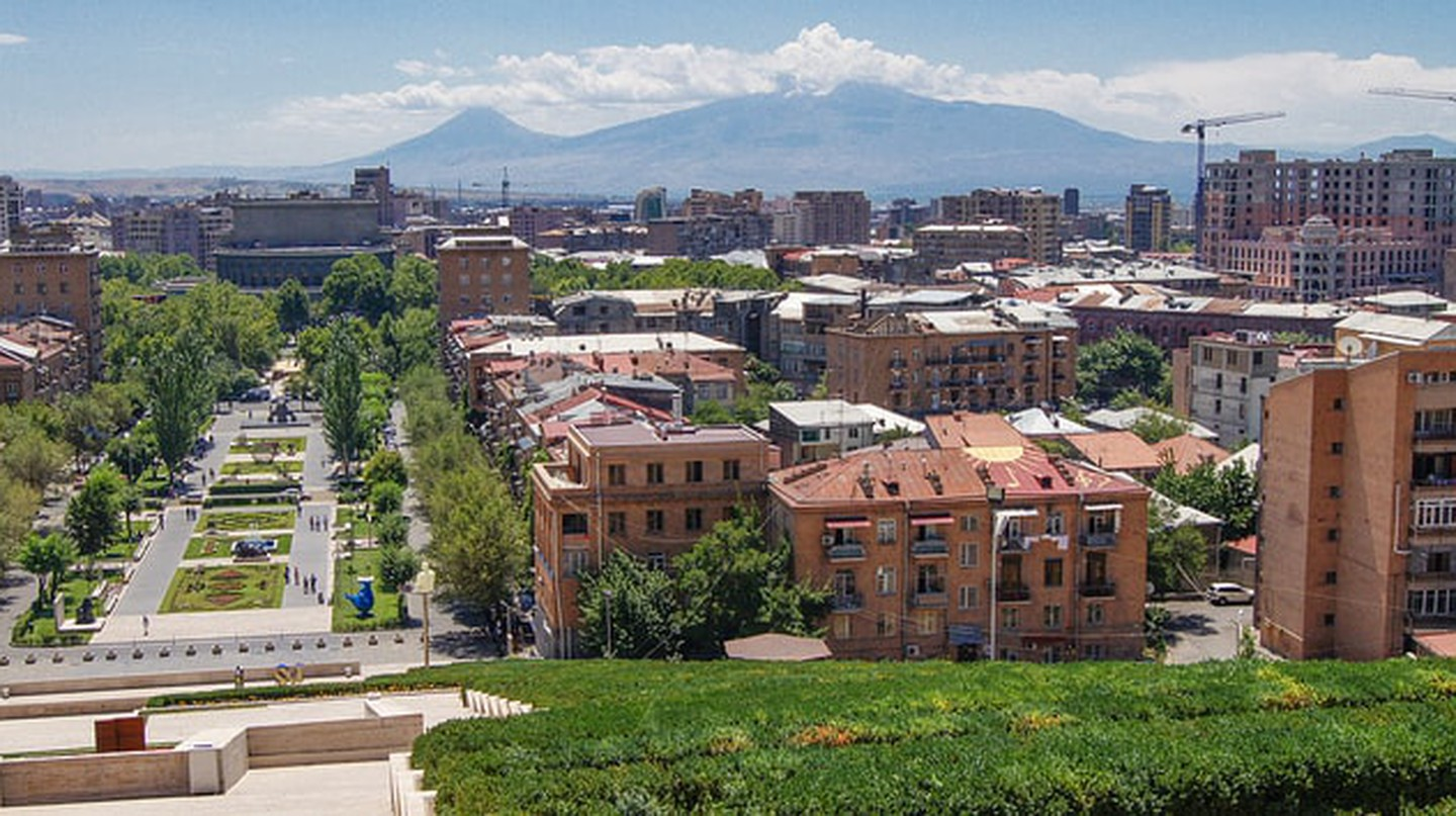Panoramic view of Yerevan | © Ara Chahvekilian / Flickr