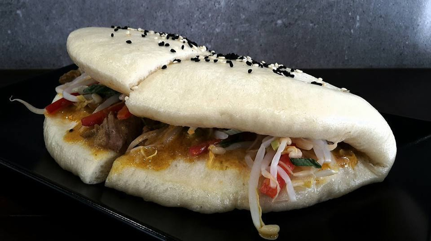 Delectable bao buns are available in Athens, finally!