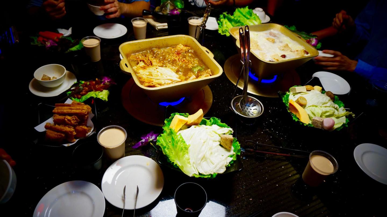 A hotpot feast
