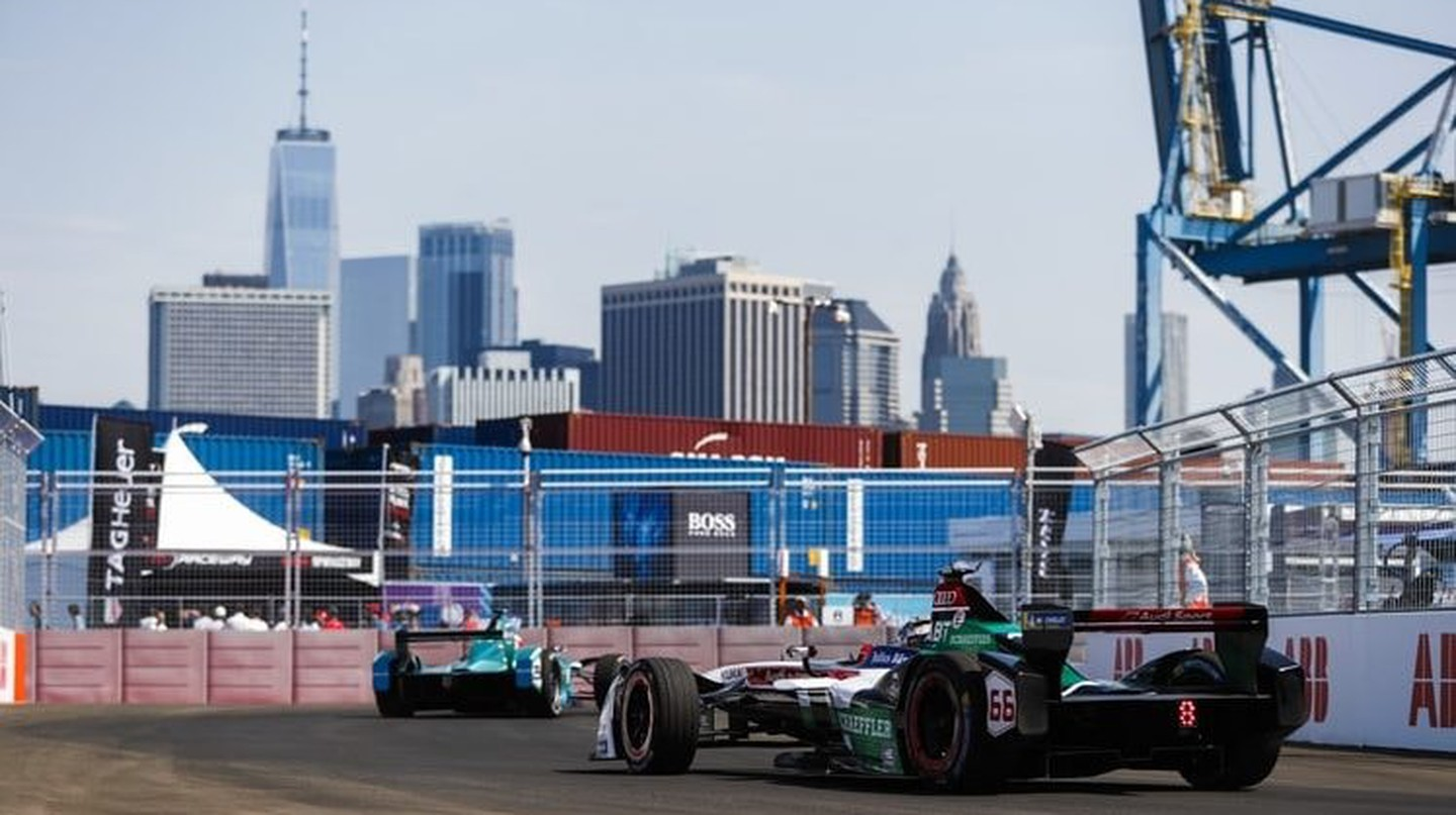The NYC E-Prix takes place in Red Hook, Brooklyn