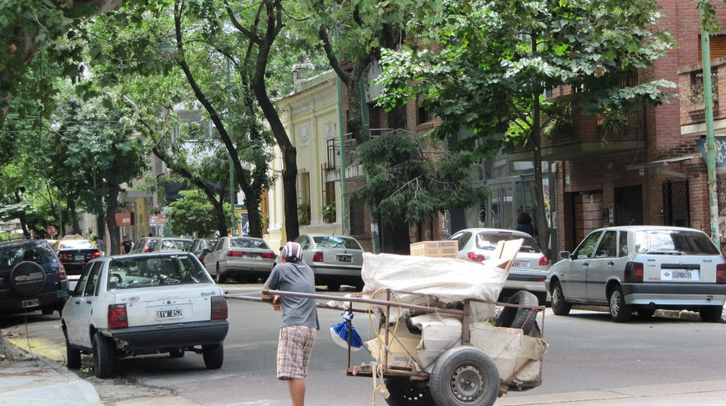 Litter-picking is now a crucial part of the waste-management efforts of Buenos Aires