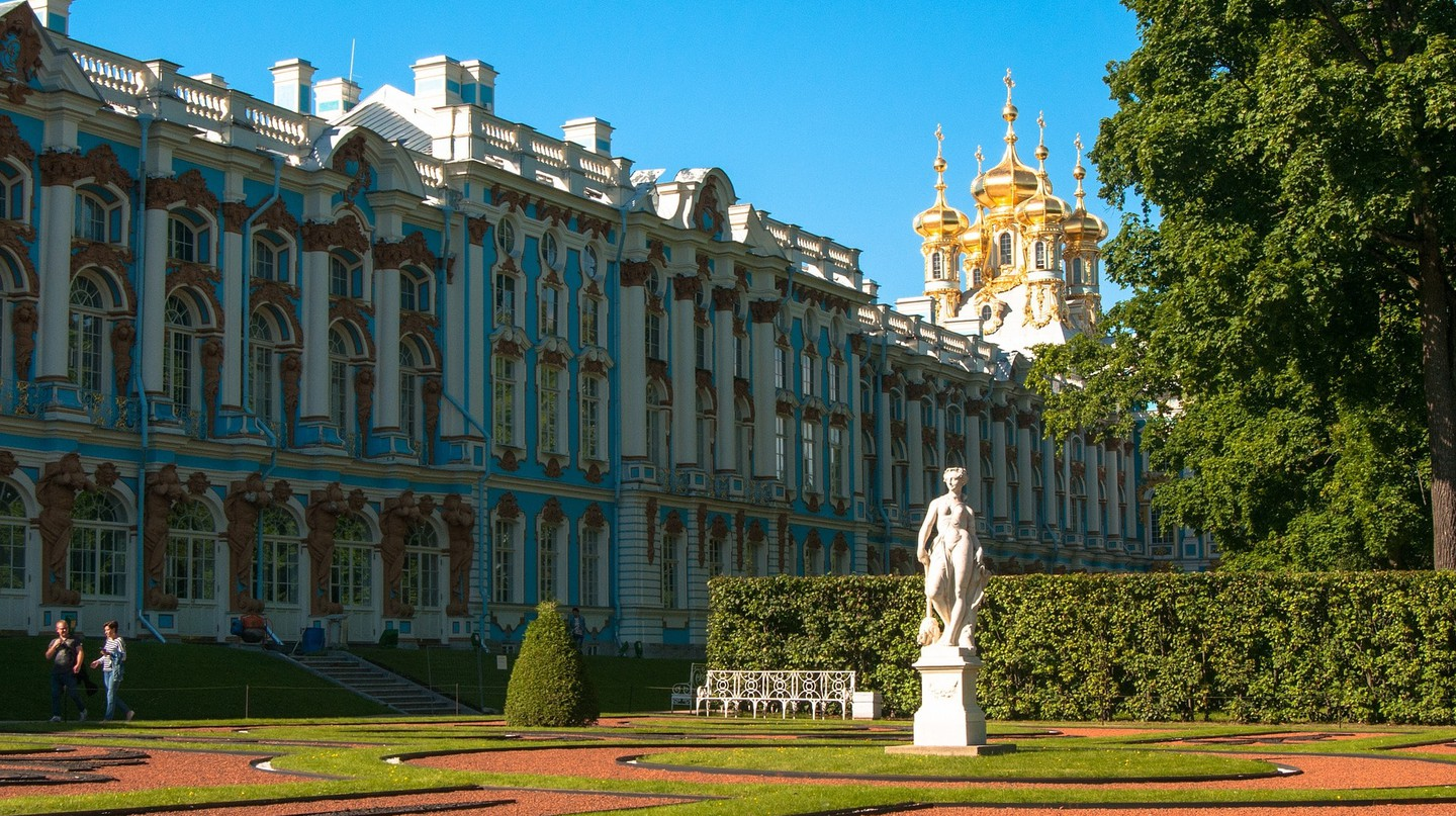 The iconic blue Catherine Palace