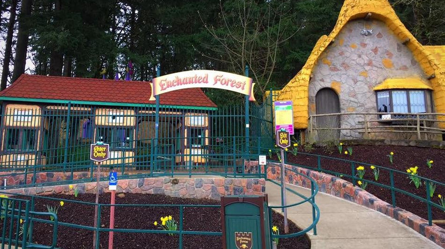The entrance of Enchanted Forest