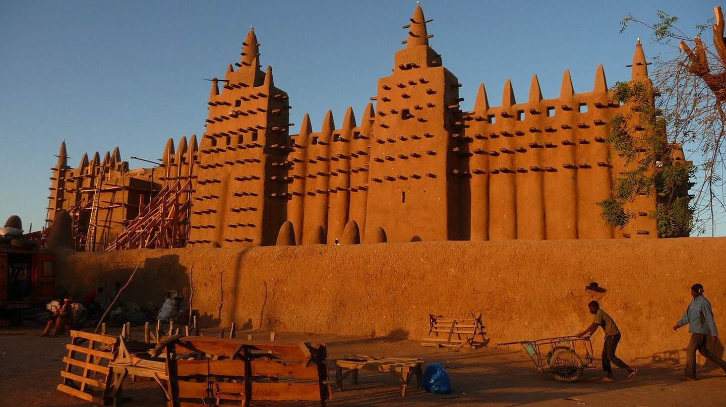 The Great Mosque of Djenne, on the site of the original mosque build during the Mali Empire