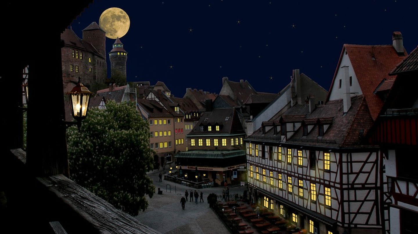 Explore Nuremberg by night with The Lady Nightwatchman