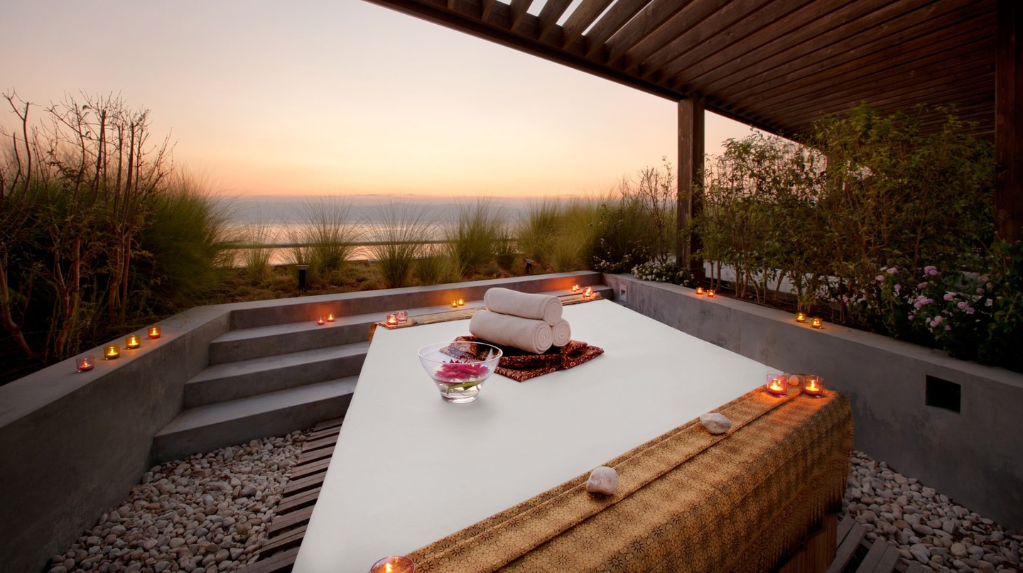 Outdoor treatment room at Ishtar Spa by Resense