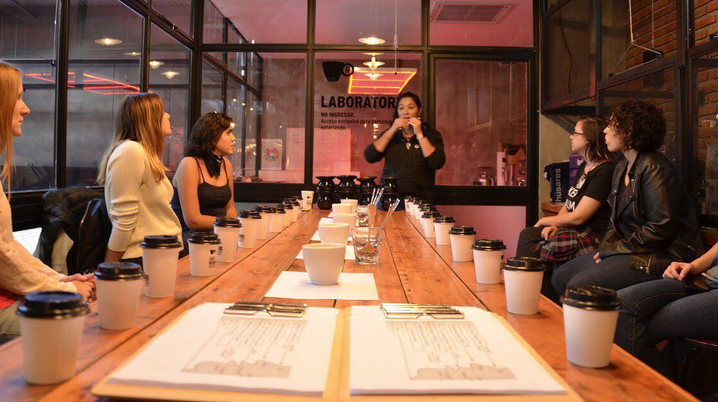 Ciudad Café regularly holds special coffee tastings and workshops for its community.