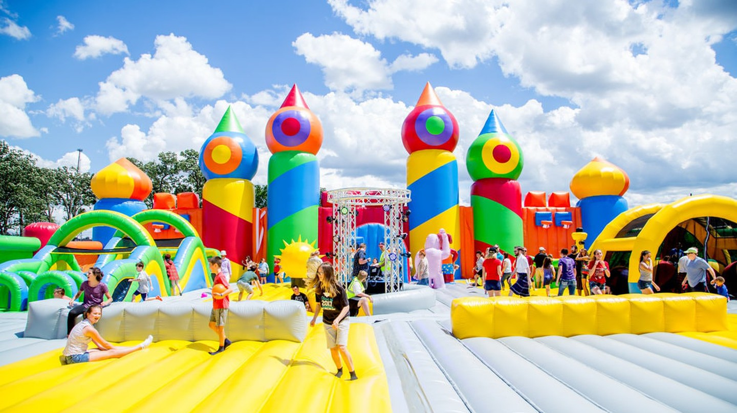 Big Bounce America, the world's largest bounce house