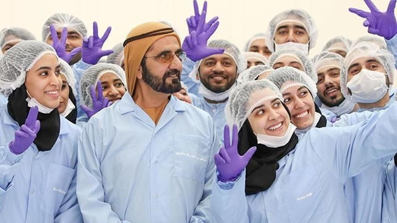 Sheikh Mohammed bin Rashid al Maktoum's three-finger salute