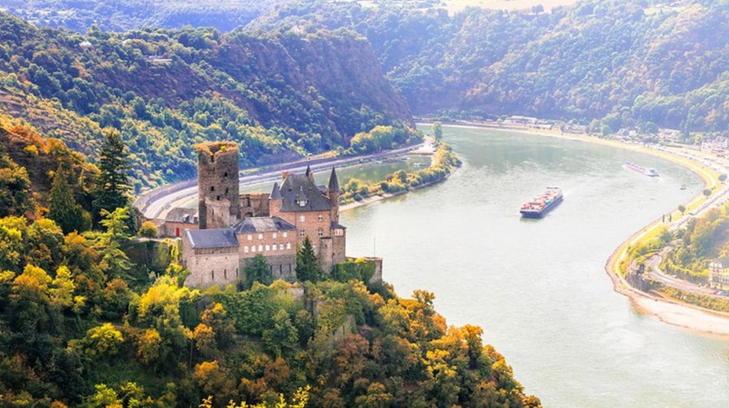 Cruising down the Upper Middle Rhine Valley