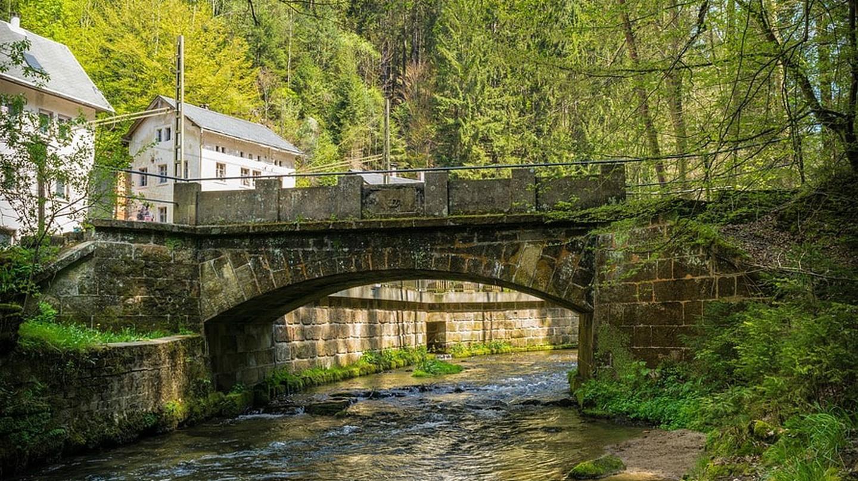 A stone bridge at Kirnitzsch Valley