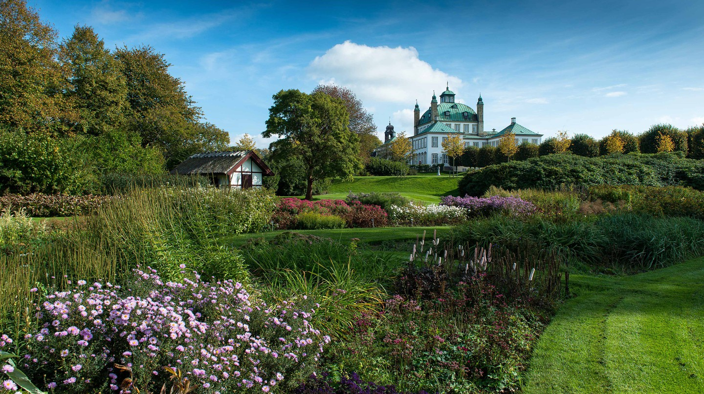 Fredensborg Palace Garden is open to the public all year round