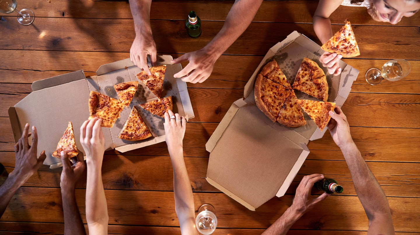 People Around the World Order Takeout at the Same Time, Study Finds