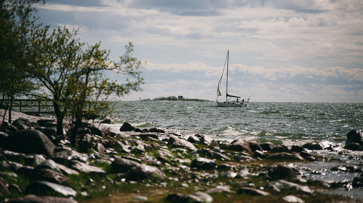 Sailing past the rocky islands on the Finnish archipelago