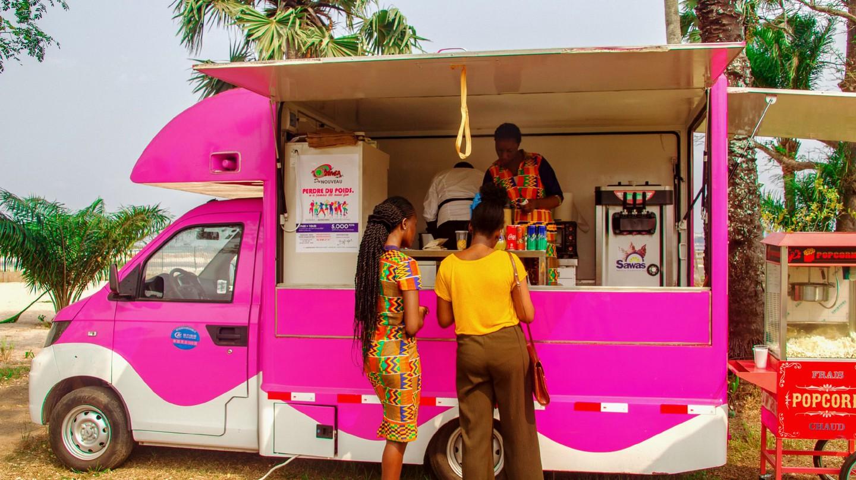 A food truck on Sakana Island