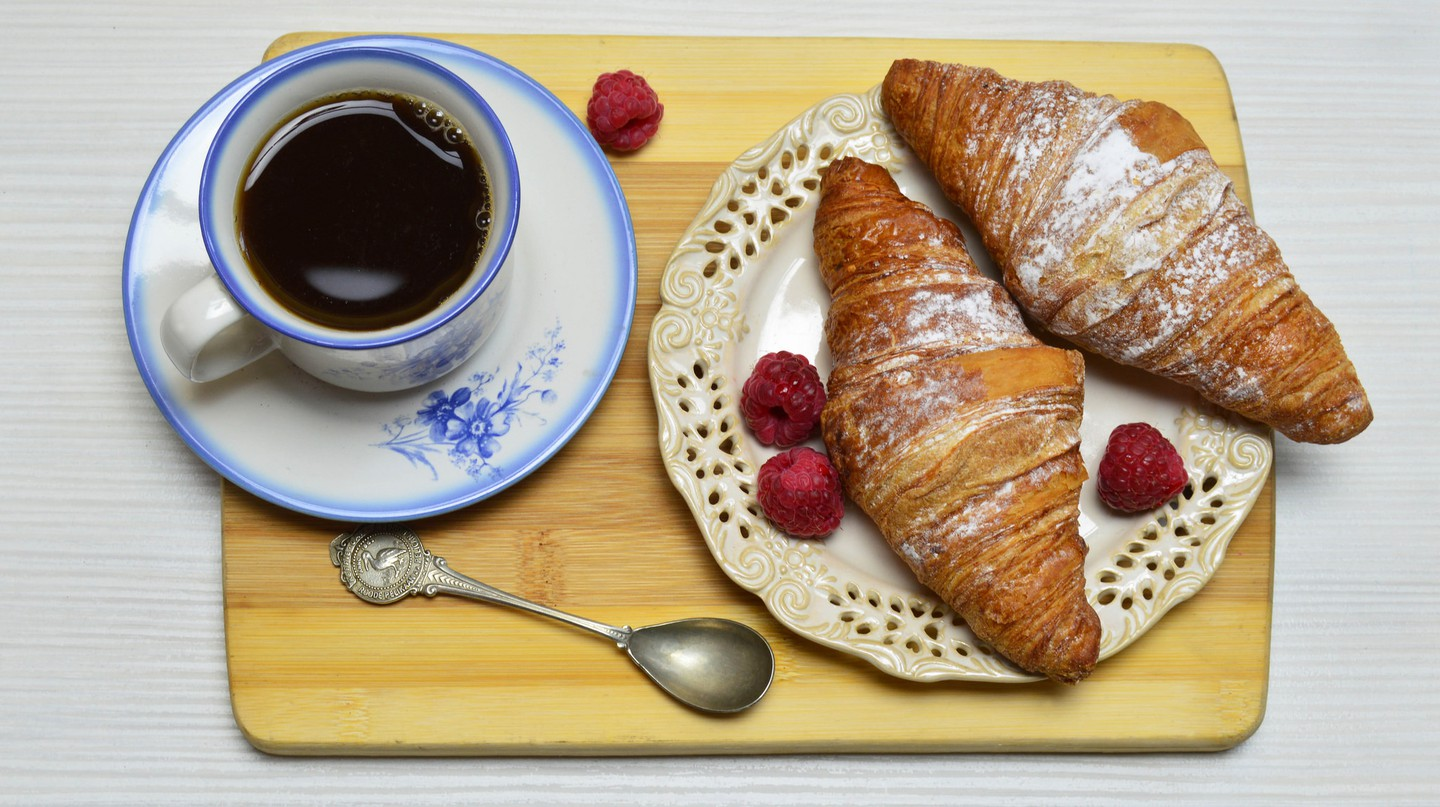 Find coffee and croissants at these cafés in Amiens