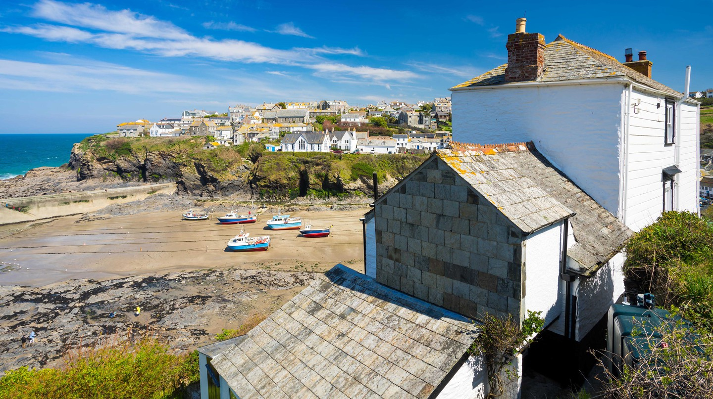 Overlooking the harbour at the fishing village of Port Isaac on the North Cornwall coast