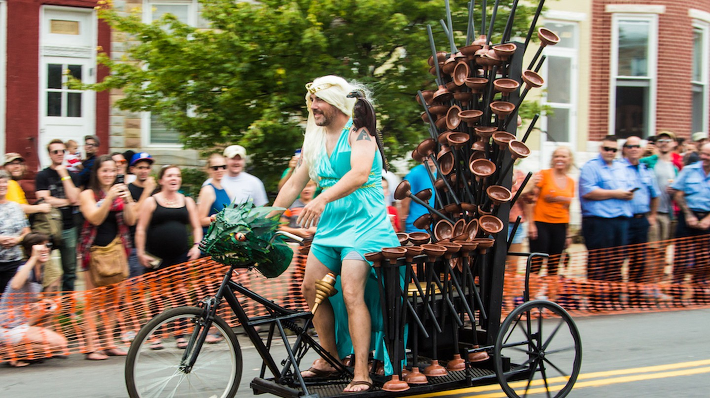 Toilet Racers adopt fun themes like Game of Thrones at Hampdenfest.