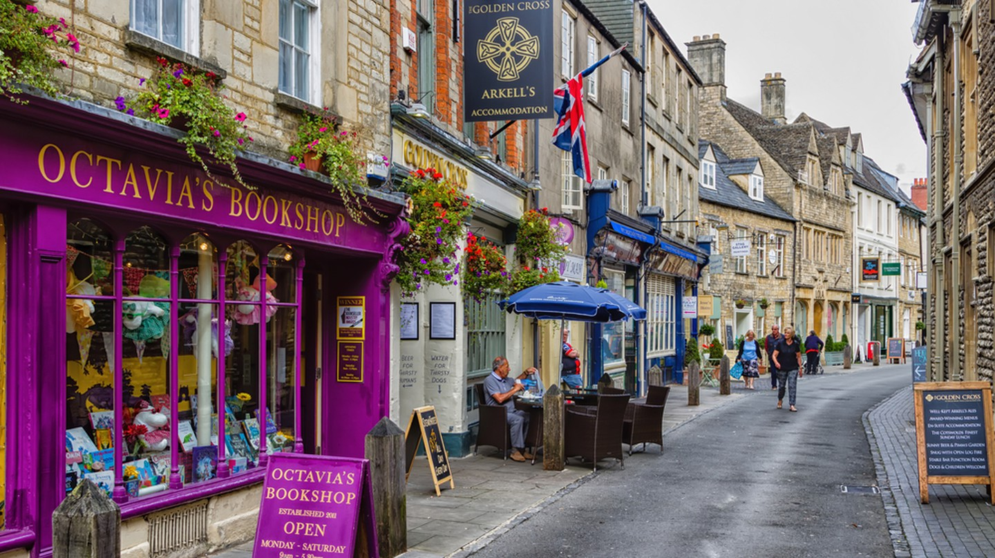 Book shop in Cirencester, England.