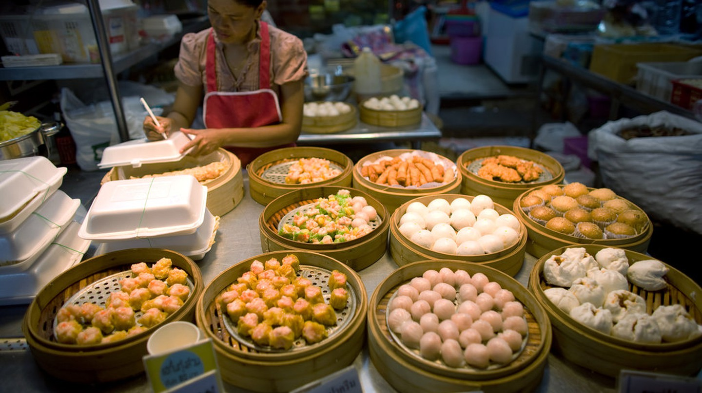 Dim sum vendor in Chinatown, Bangkok