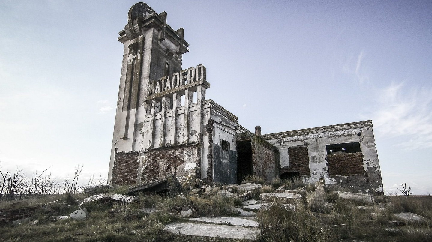 "Welcome to Villa Epecuén: Argentina's Underwater ""Town that Drowned"""