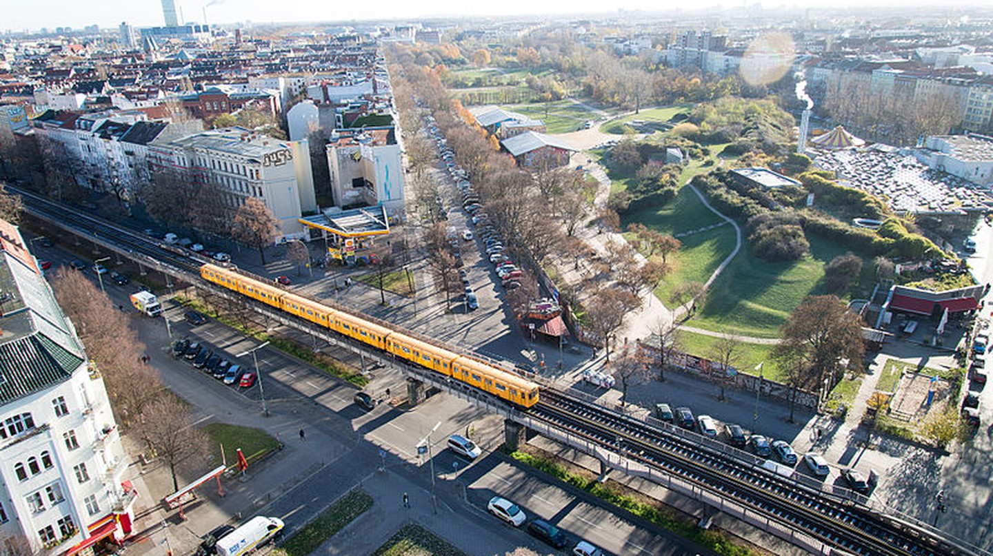 Bird's eye view of Görlitzer Park in Berlin-Kreuzberg