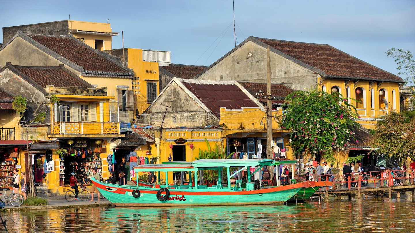 Hoi An busy riverfront