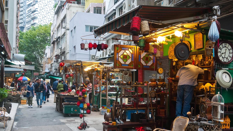 Hong Kong - Cat street antiques market