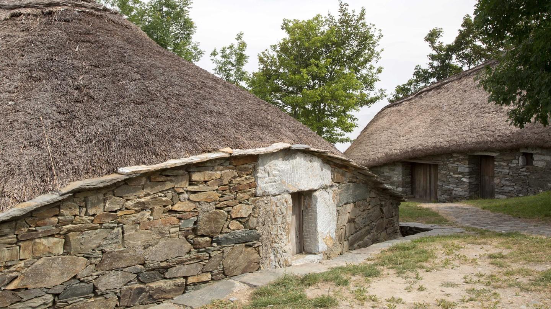 Traditional Houses, O Cebreiro Village