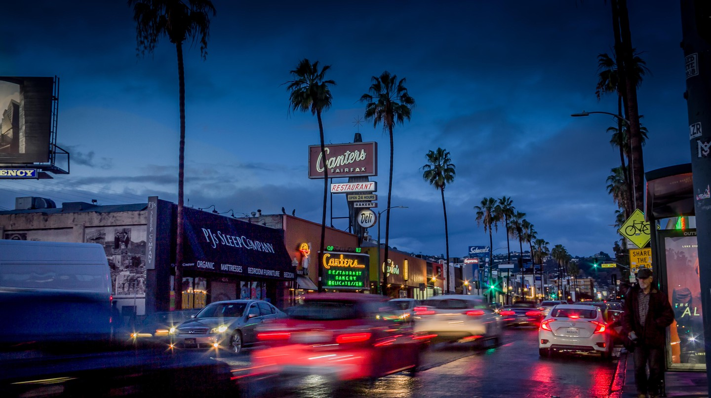 Canter's Deli on Fairfax glows in the evening