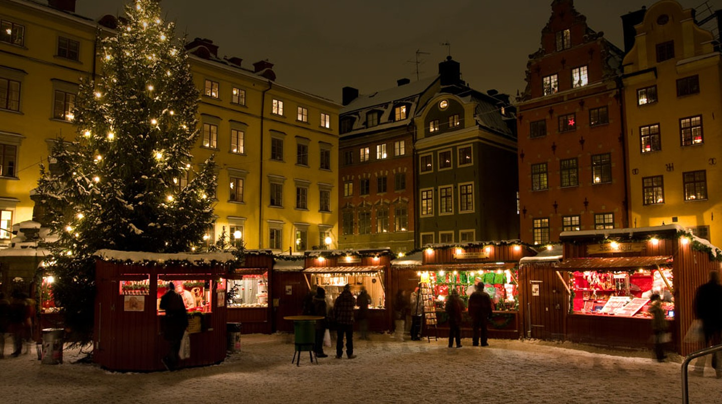 Visit the cute and quaint Old Town Christmas Market!
