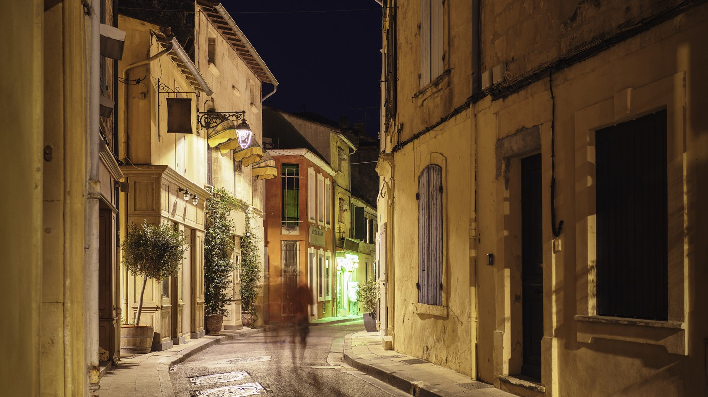 Wander through the streets of Arles's old town