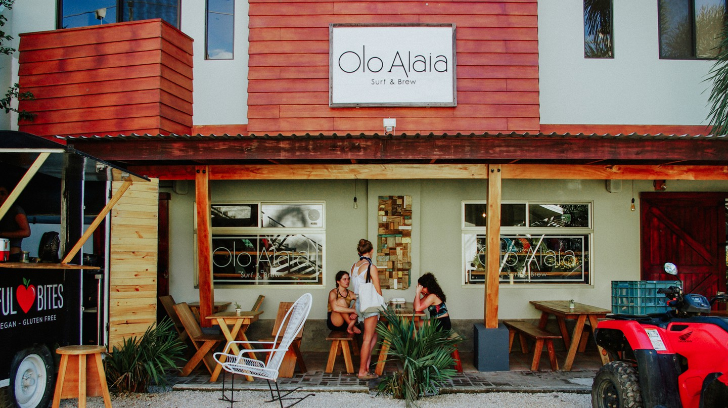 The exterior of Olo Alaia