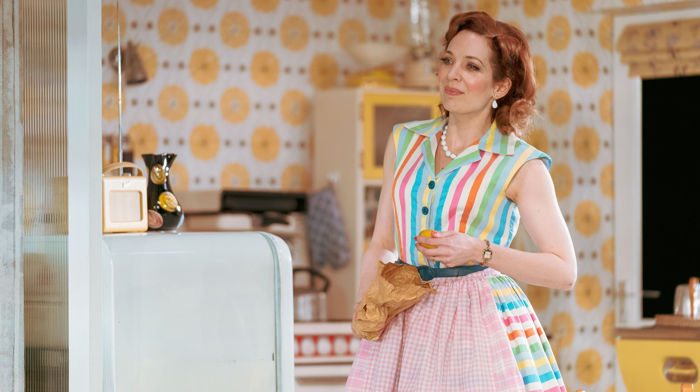 Katherine Parkinson stars in 'Home, I'm Darling!'