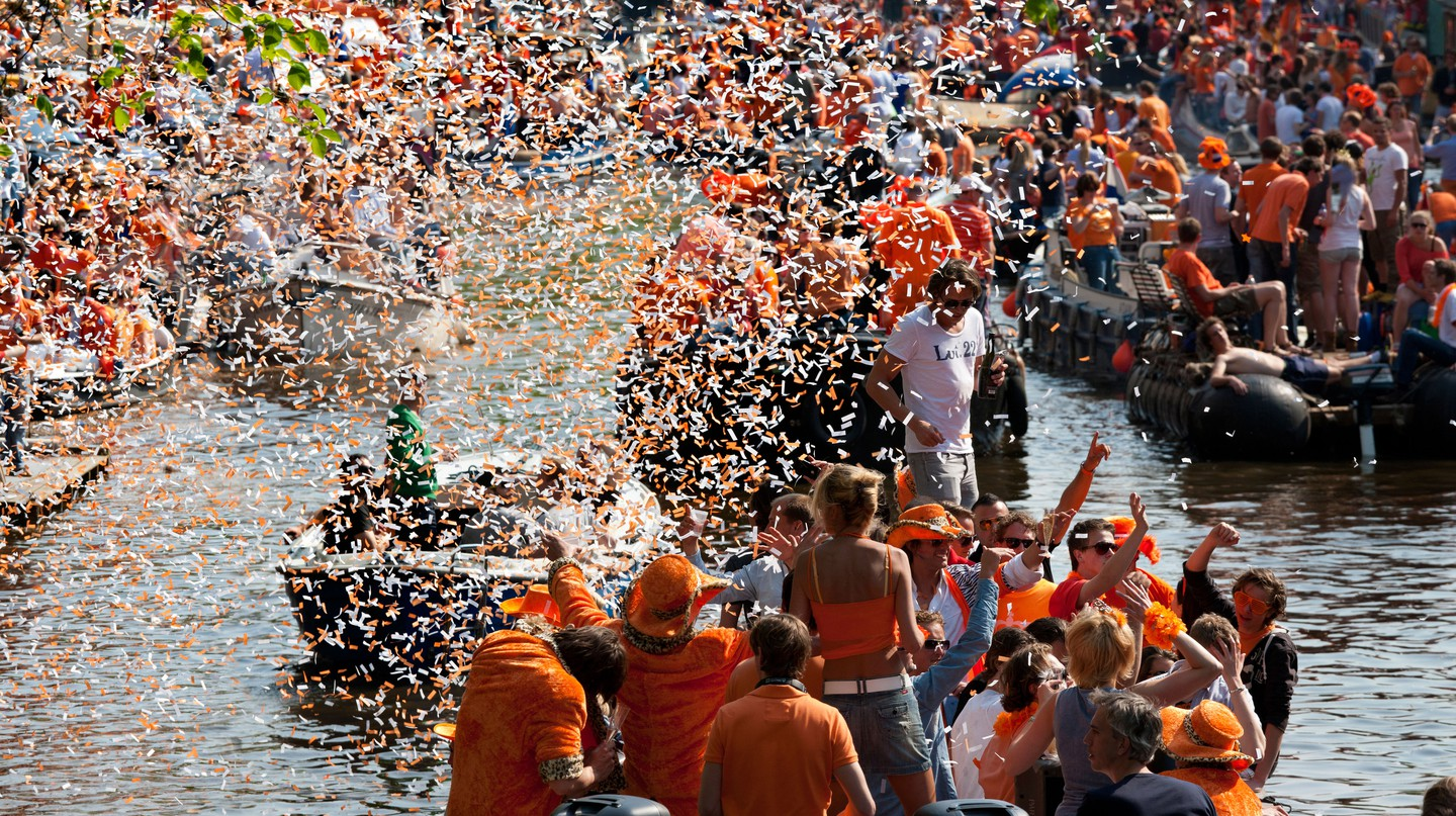 King's Day revelers take the party to Amsterdam's canals
