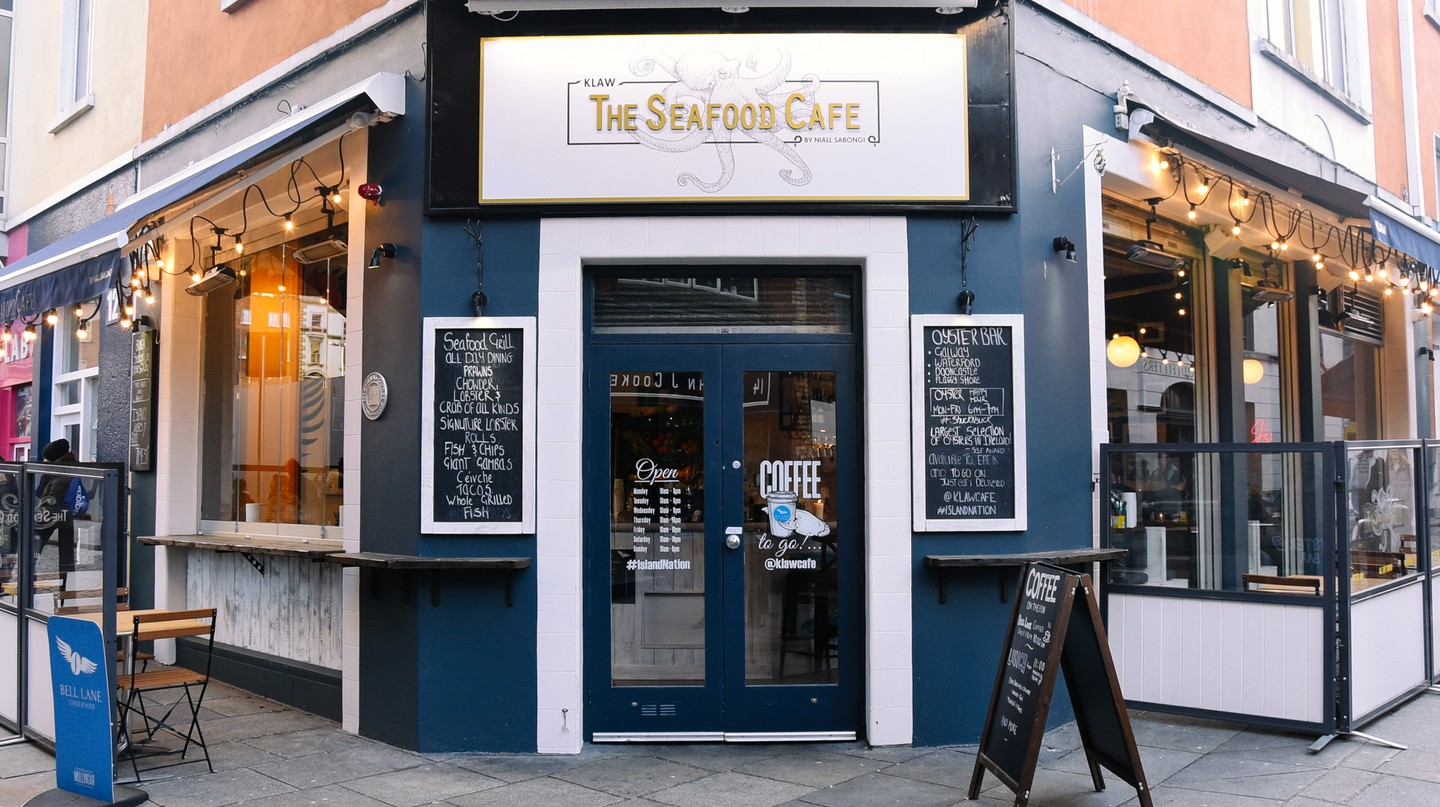 The Seafood Café is regularly praised by critics