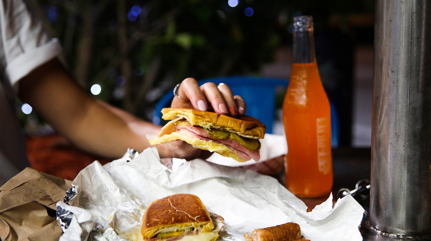 Miami may be famous for its nightlife – but what is a night out without a cheap meal in the wee hours? © Katie June Burton / Miami