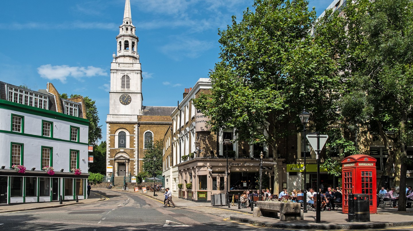 Clerkenwell is in a prime location, with many things to do and places to sleep