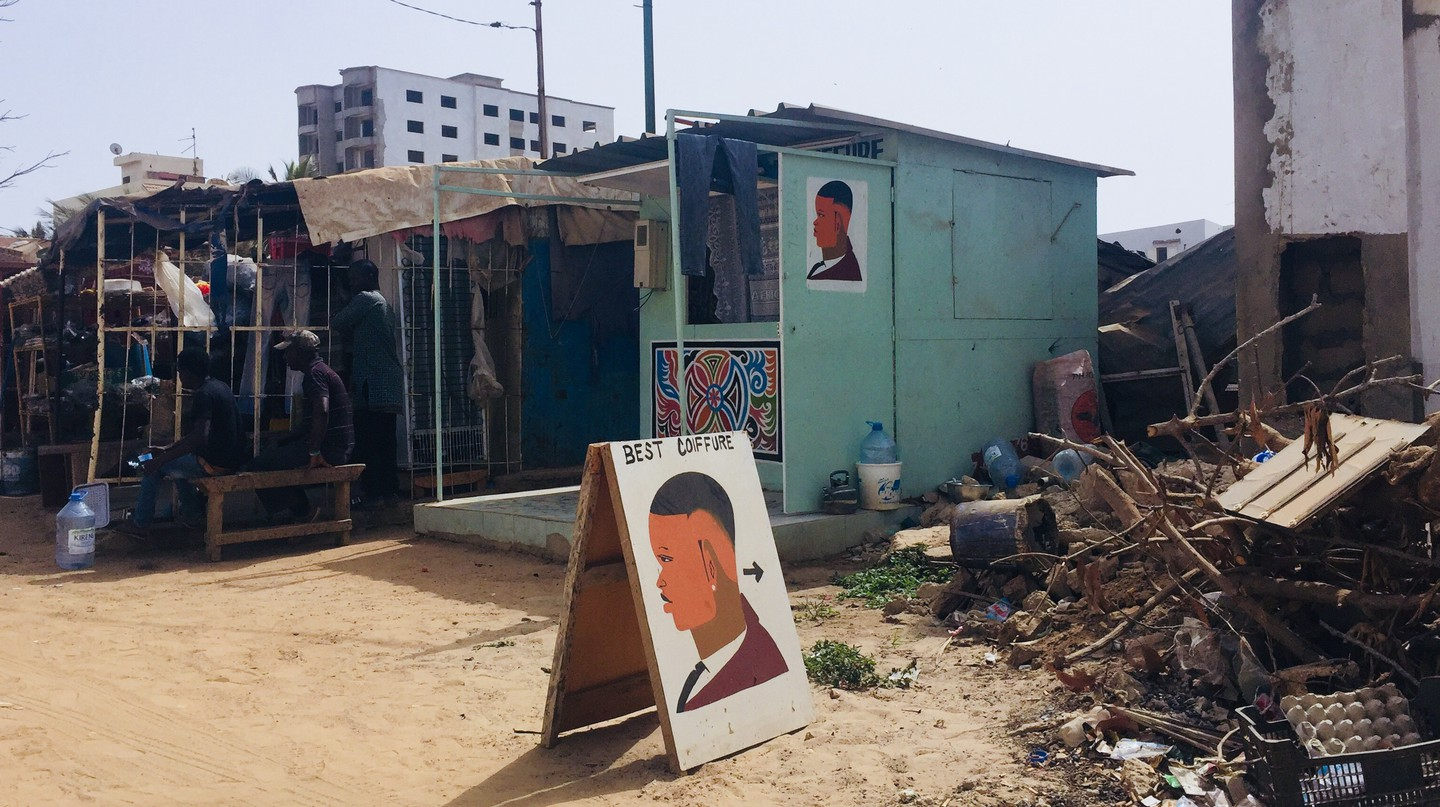 Dakar's barbers are found in every neighbourhood in every district