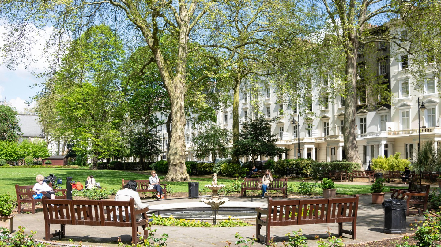 Take some out in Pimlico's St George's Square