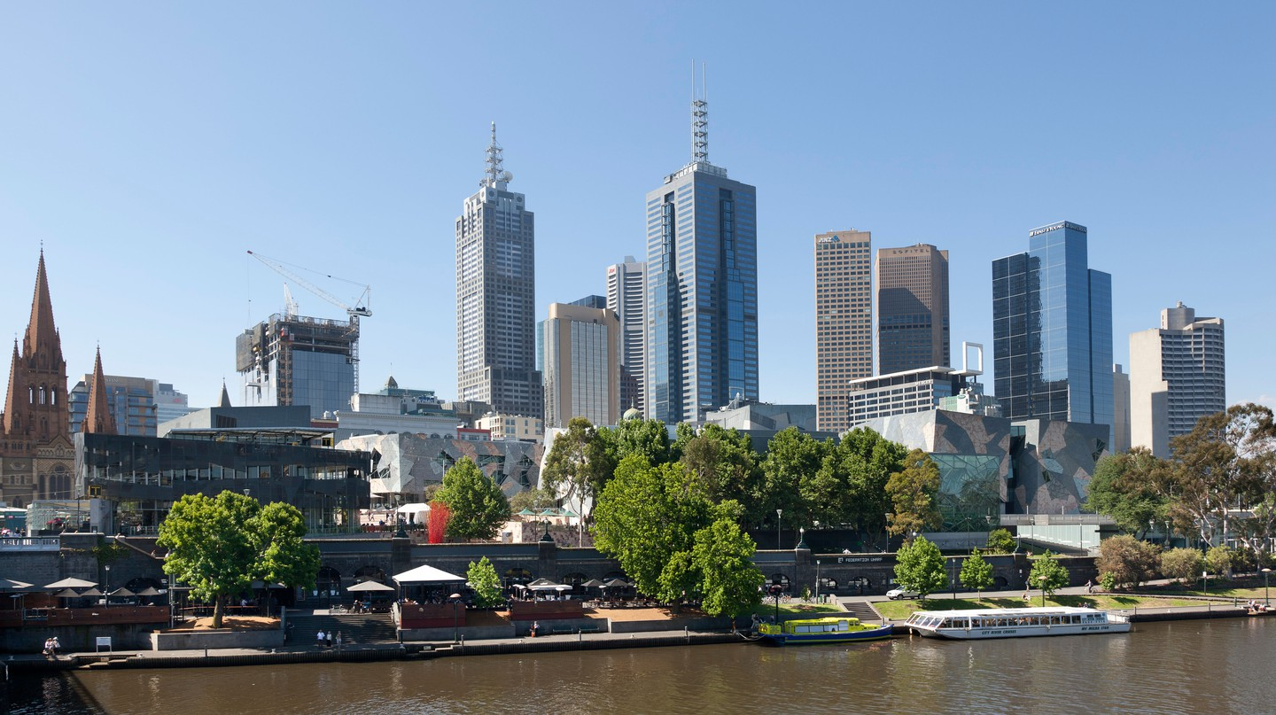 Hang out on the banks of the Yarra River in Melbourne