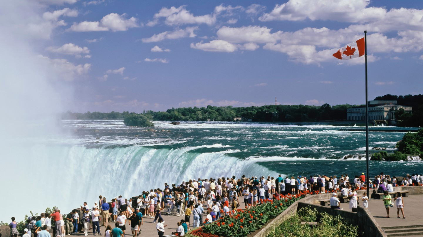 The spectacular Horseshoe Falls has made the Niagara Falls a must-visit tourist destination
