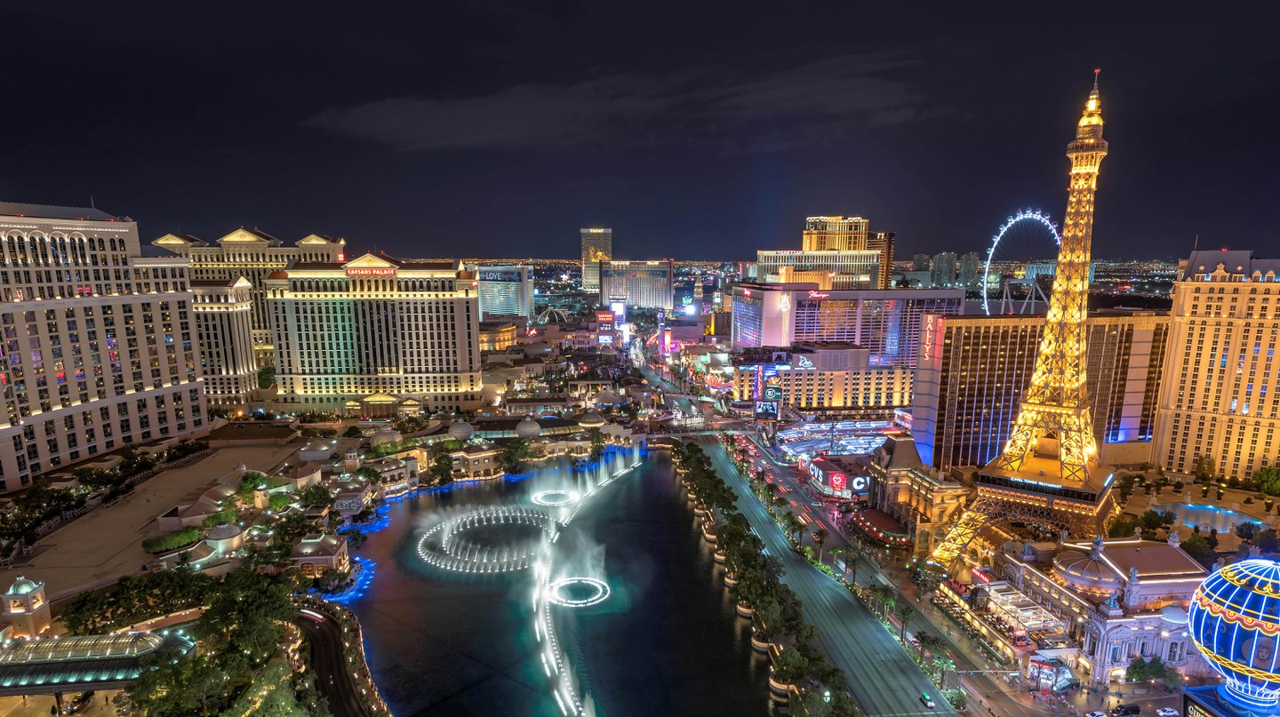 Check out new perspectives of Las Vegas with a guided tour