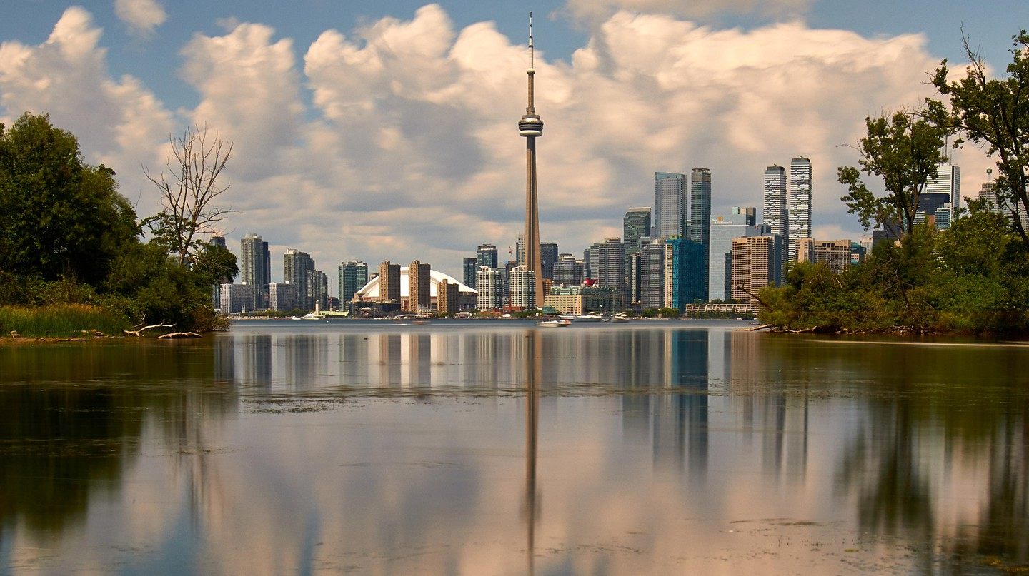 Enjoy Toronto on a budget
