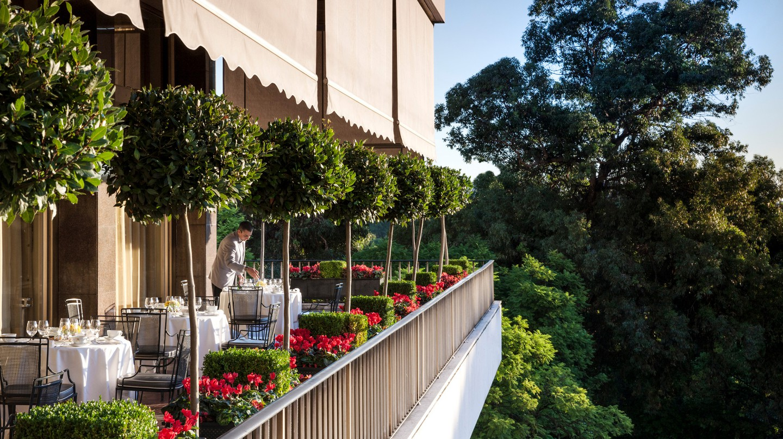 Varanda Restaurant has spectacular views of Eduardo VII Park